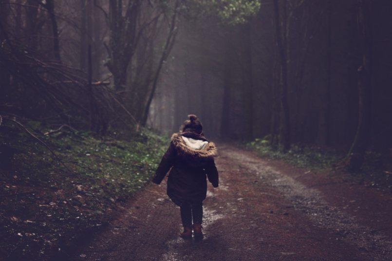 bambina-bosco-ansia