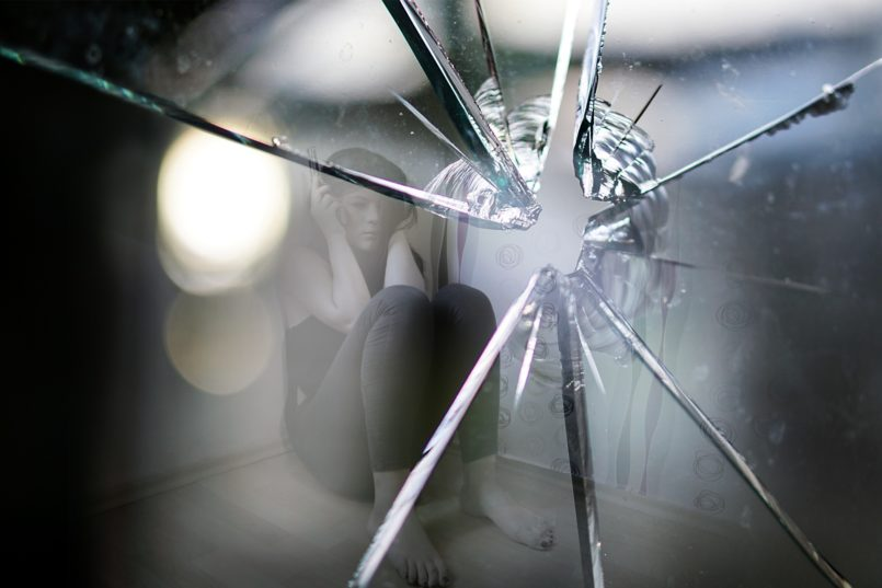 specchio-rotto-disturbo-paranoide